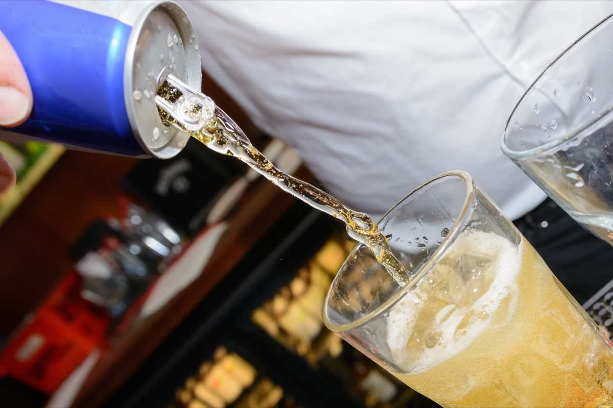 Energy drinks and alcohol mixing alcohol