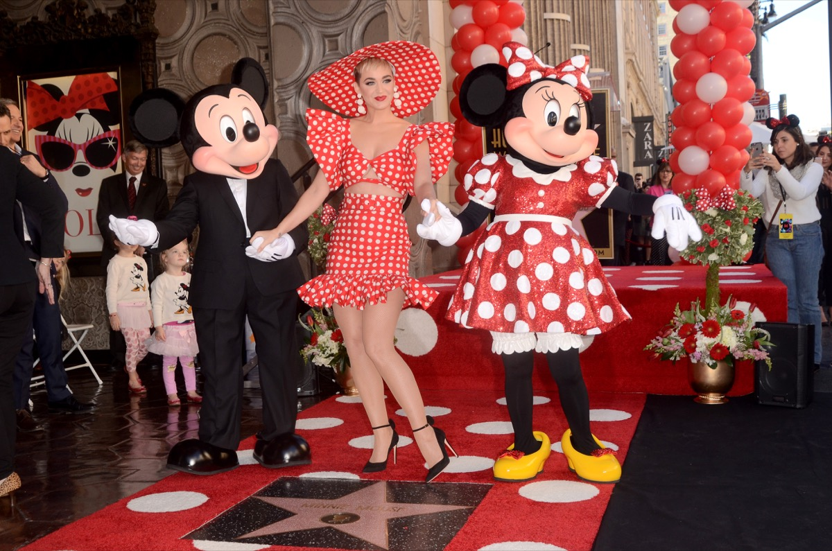katy perry with mickey and minnie mouse, disney celebs