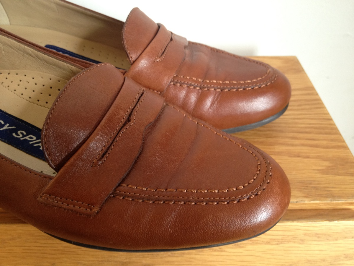 90s fashion - penny loafers
