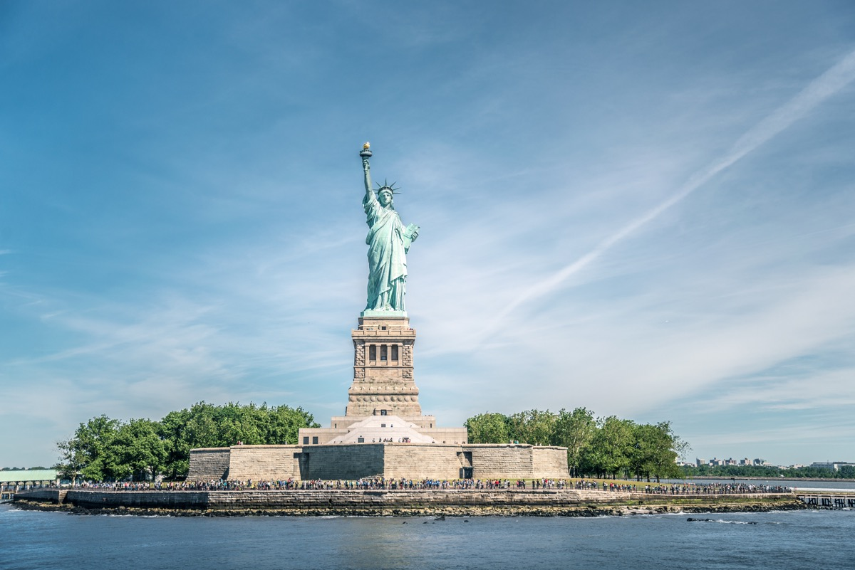 statue of liberty out on a clear day, american history questions