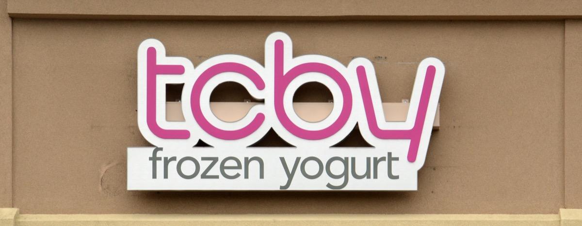 tcby frozen yogurt sign