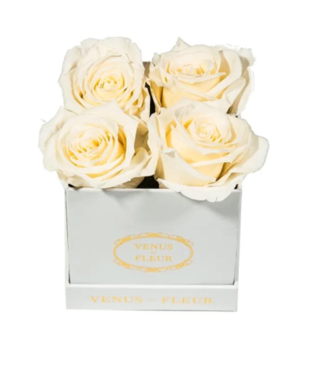 venus et fleur bouquet in a box, gifts for girlfriend