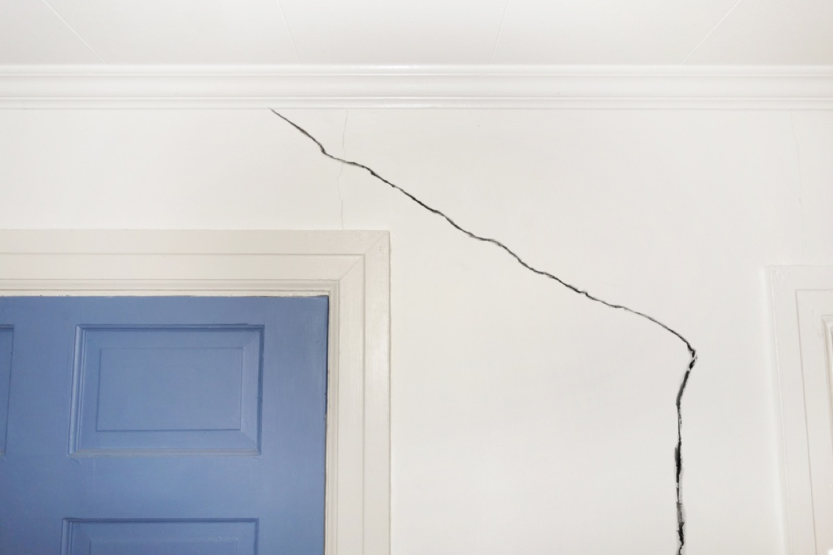 cracked wall home problems