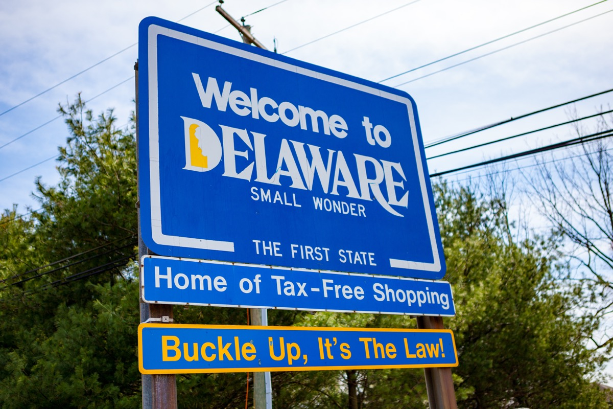 delware state welcome sign, iconic state photos