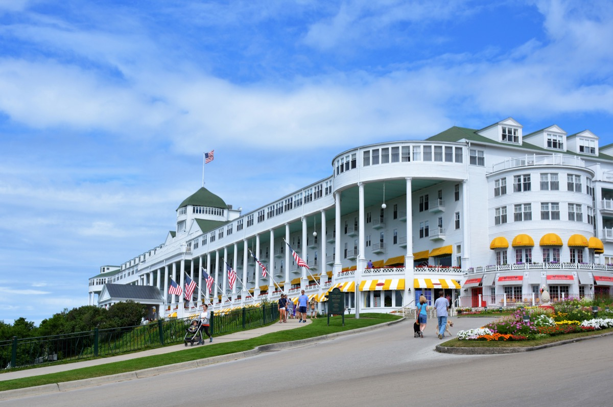 famous grand hotel mackinac, iconic state photos
