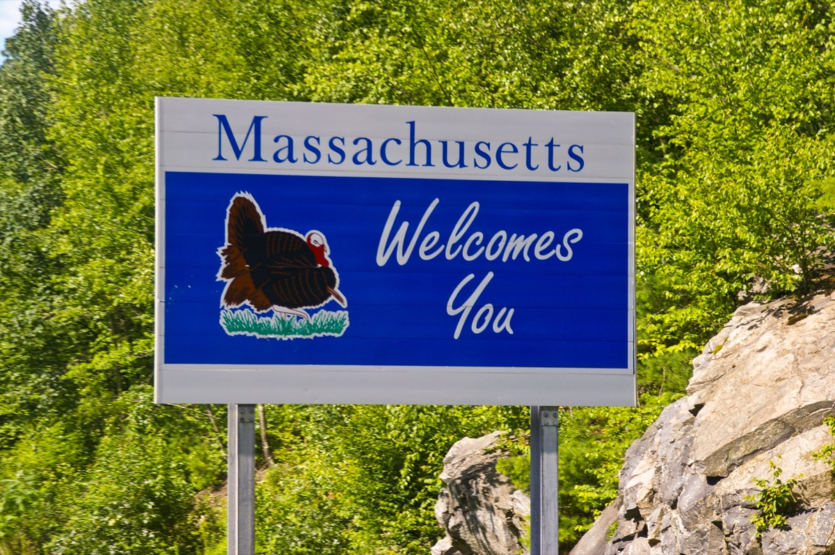 massachusetts state welcome sign, iconic state photos