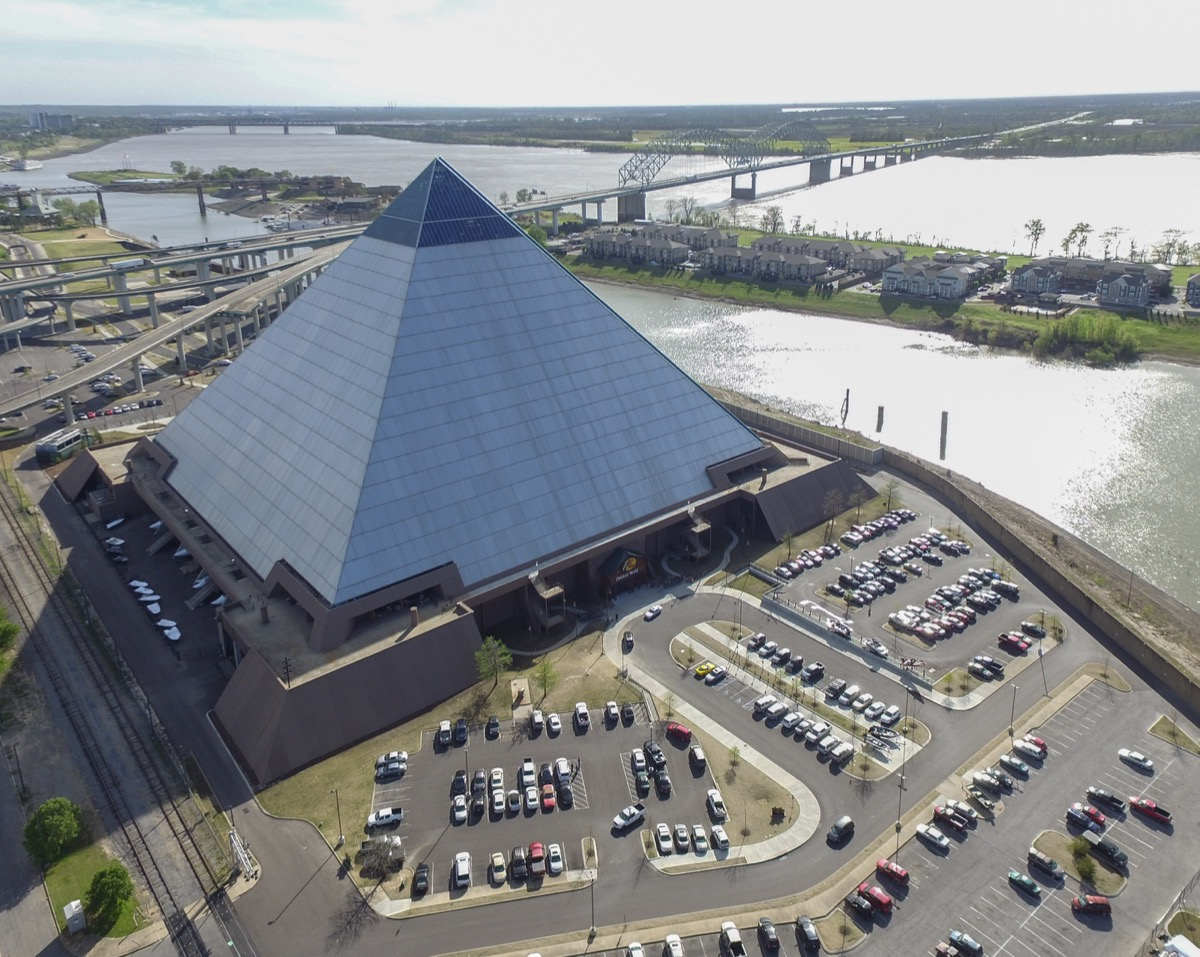 memphis pyramid, tennessee, iconic state photos