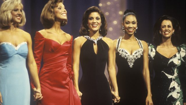 old miss america pageant, difference between miss usa and miss america