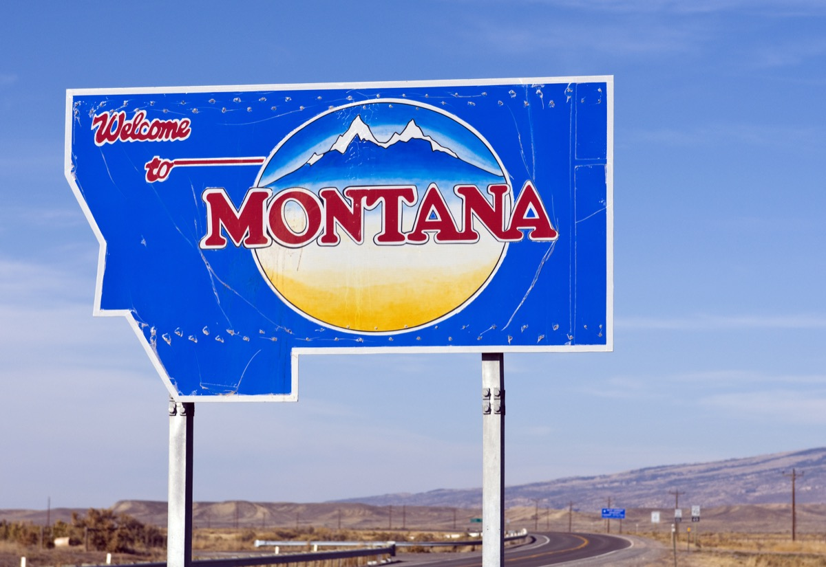 montana state welcome sign, iconic state photos