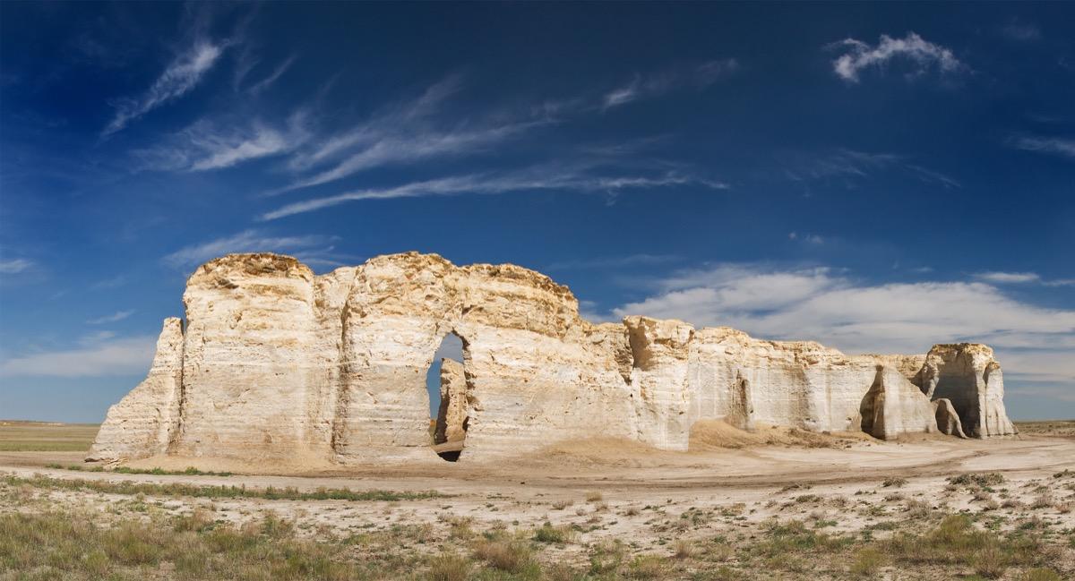 monument rocks in kansas, iconic state photos