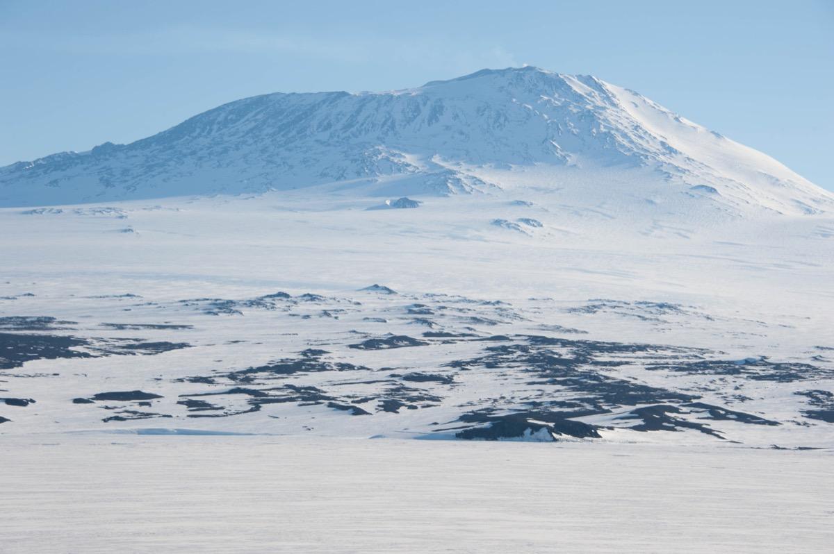 mount erebus antarctica