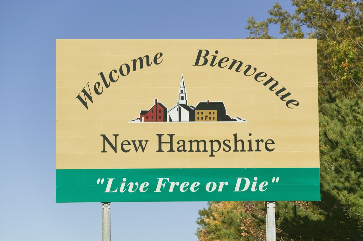 new hampshire state welcome sign, iconic state photos