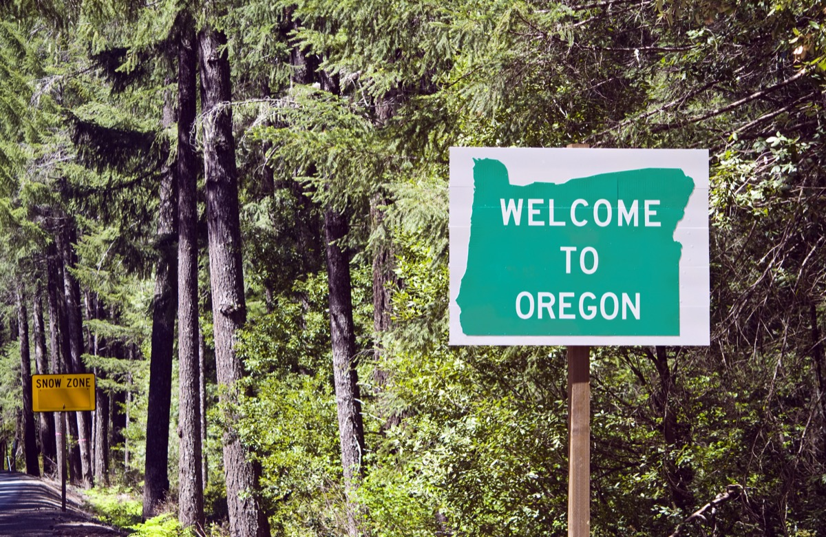 oregon state welcome sign