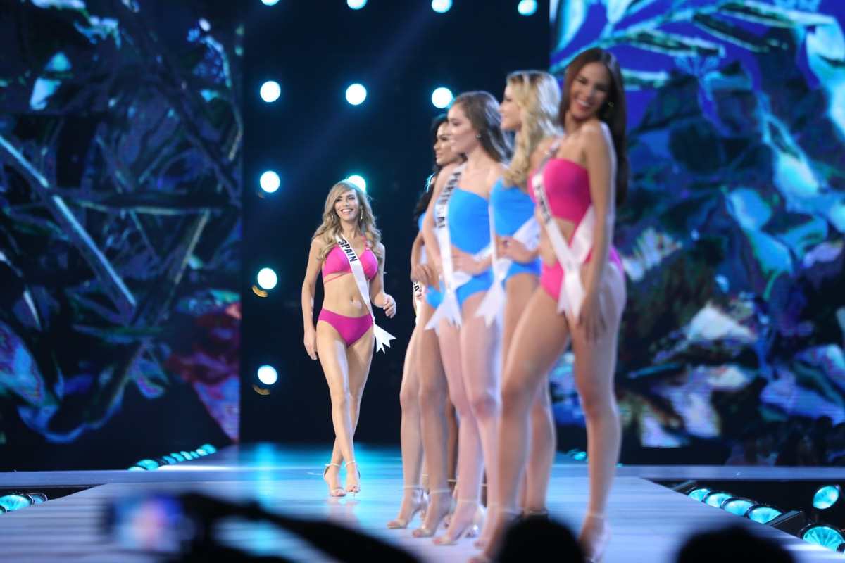 pageant contestants in swimsuit competition, pageant facts