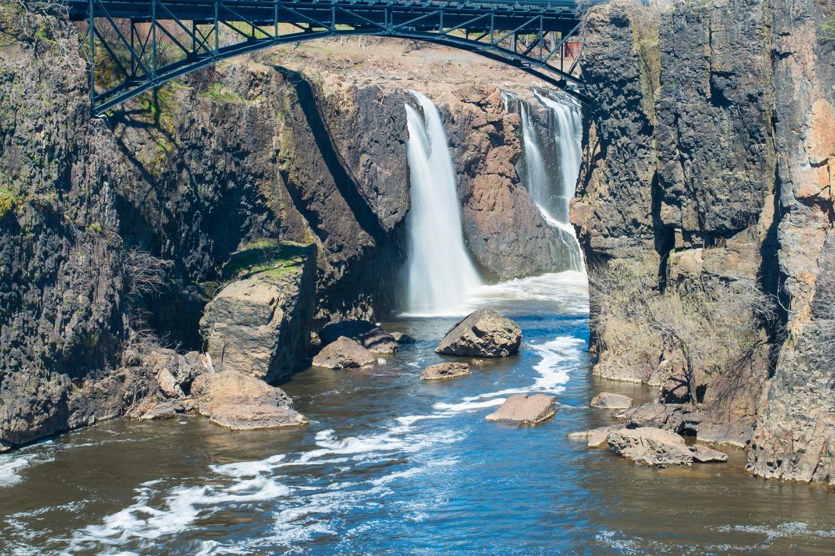 passaic new jersey water fall, heart attack cities