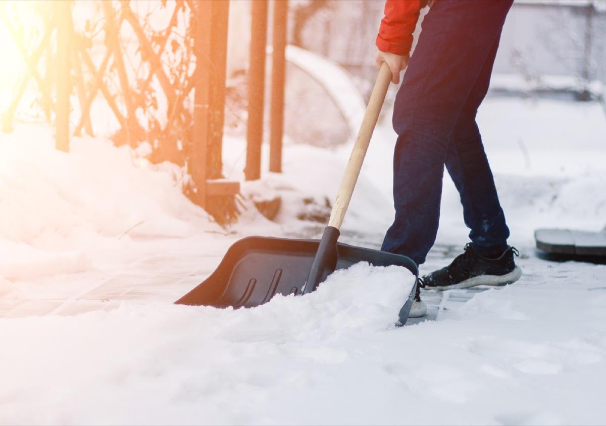 man shoveling snow, airplane facts