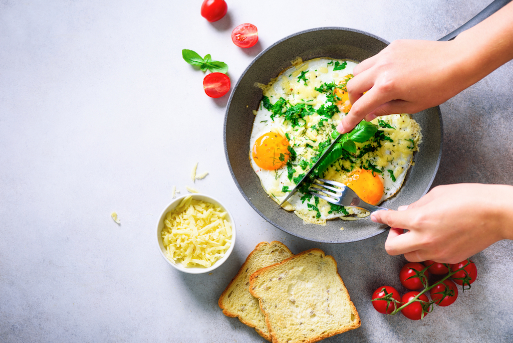 skipping breakfast increases risk of heart disease, study finds