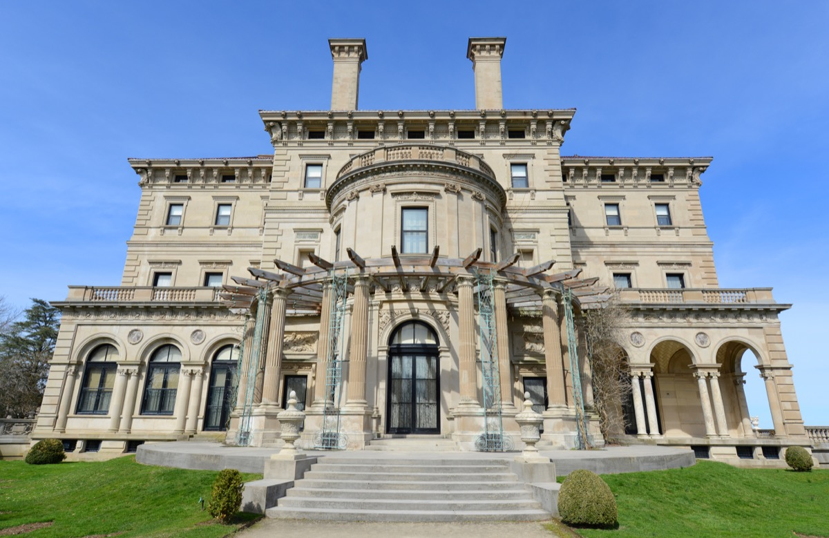 the breakers mansion in newport, rhode island, iconic state photos