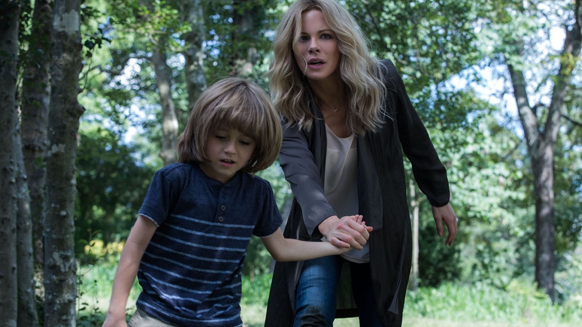 kate beckinsale in the disappointments room