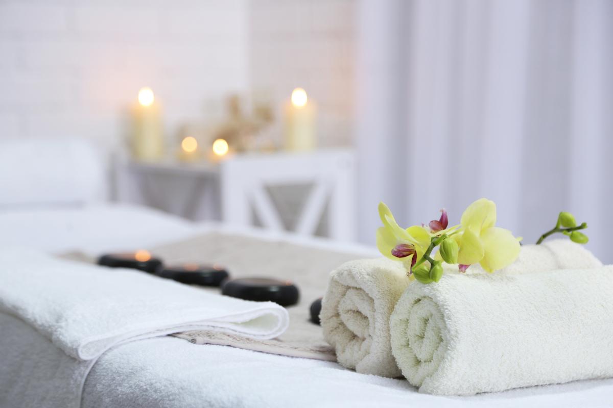 Massage table