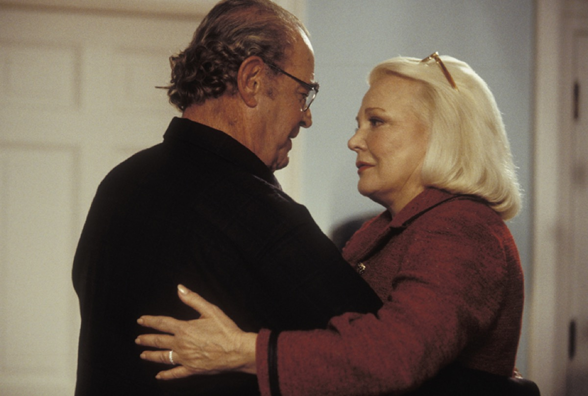 Old Allie and Noah embrace in a scene from The Notebook, what hollywood gets wrong about sex