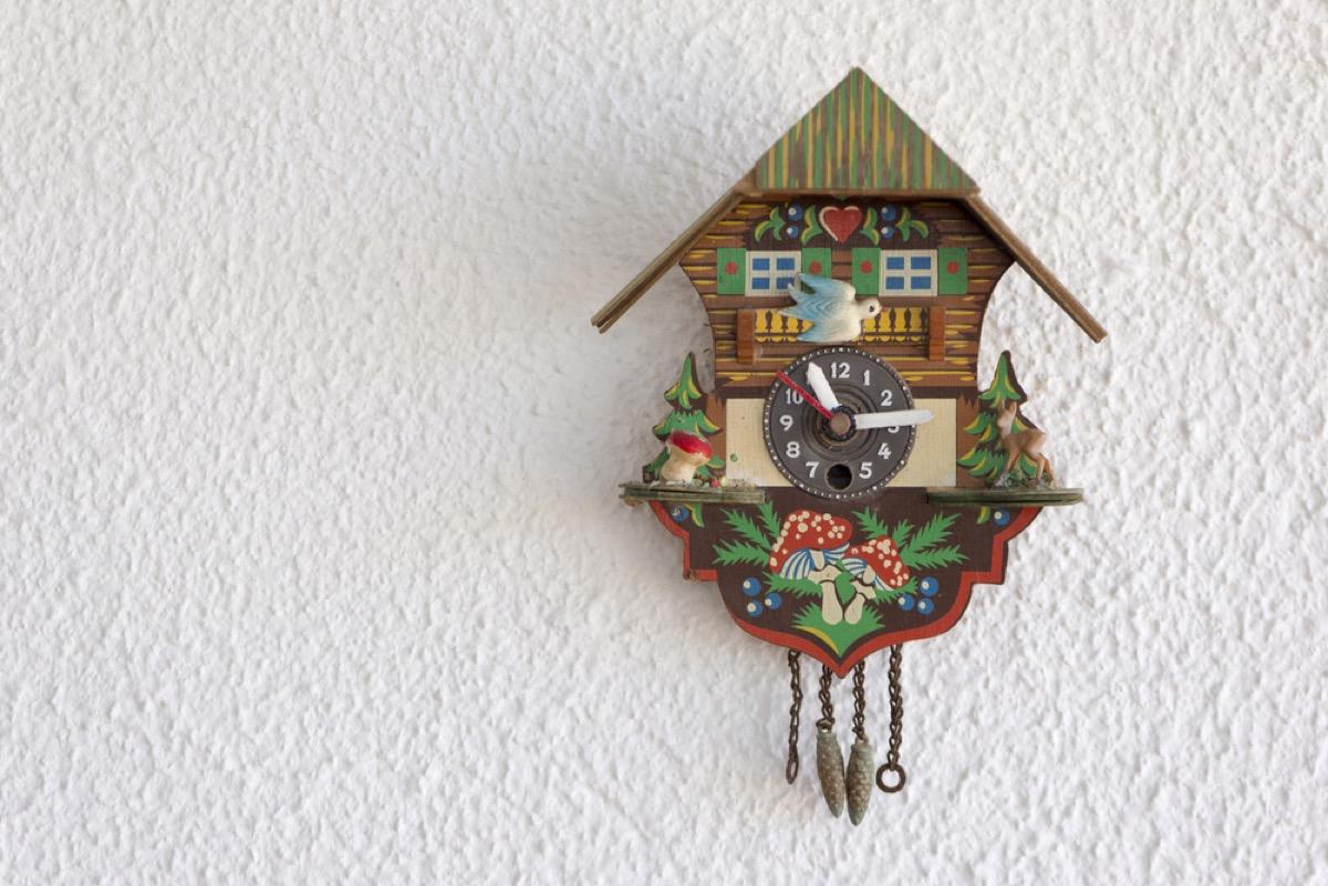 cuckoo clock, vintage home upgrades