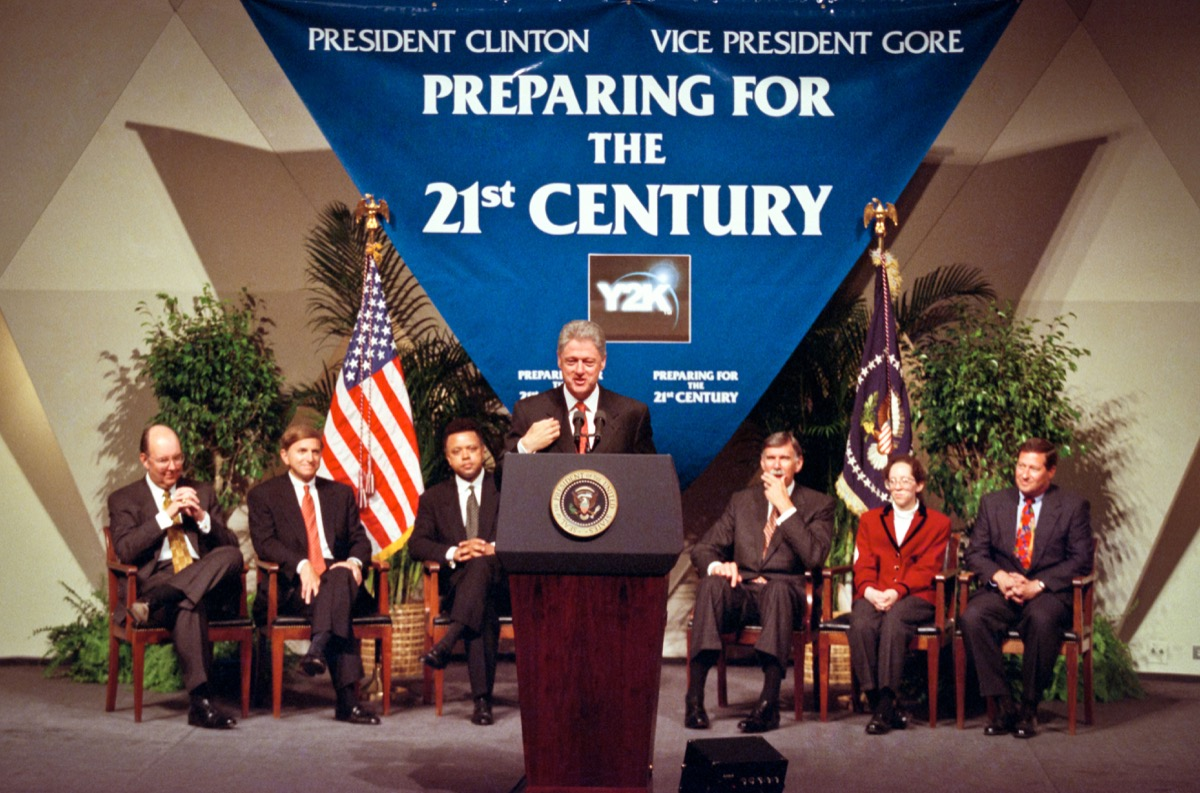 bill clinton y2k panic, things only 90s kids remember