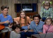 still from the brady bunch show, 1970s nostalgia