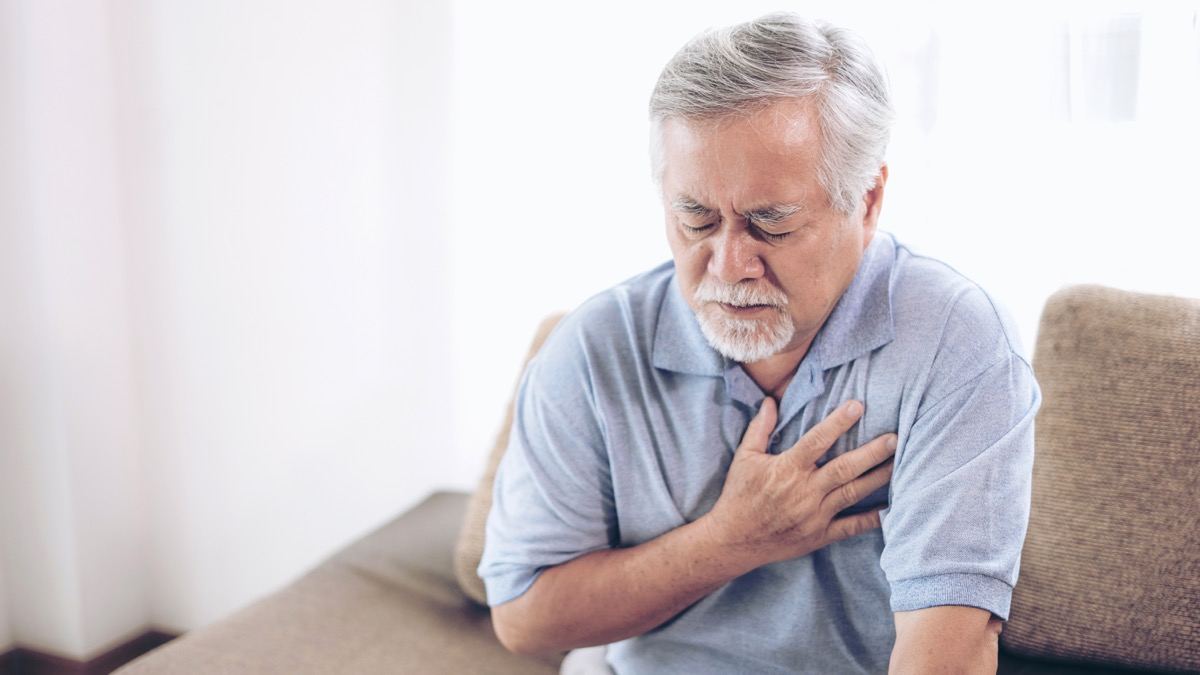man feeling fluttering in chest unexpected signs your heart is unhealthy