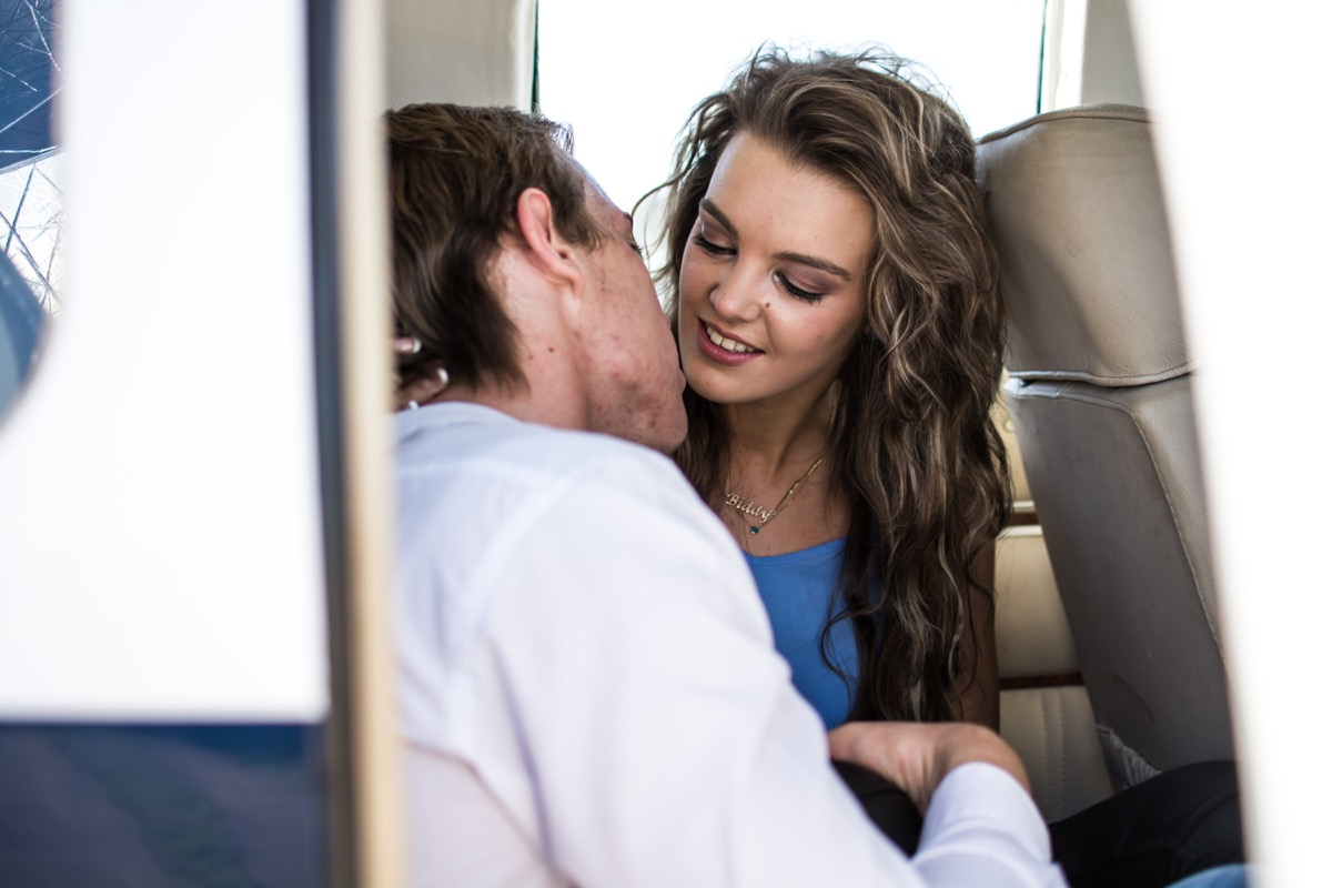 couple kissing on airplane things that horrify flight attendants