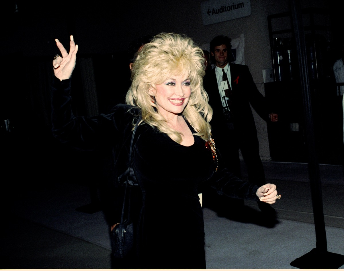 dolly parton in the 90s, old photos country stars