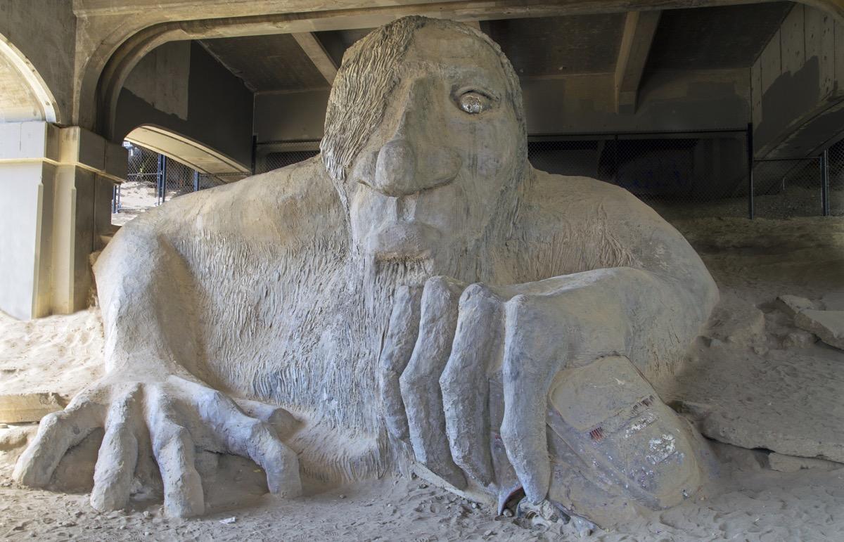 fremont troll washington famous state statues
