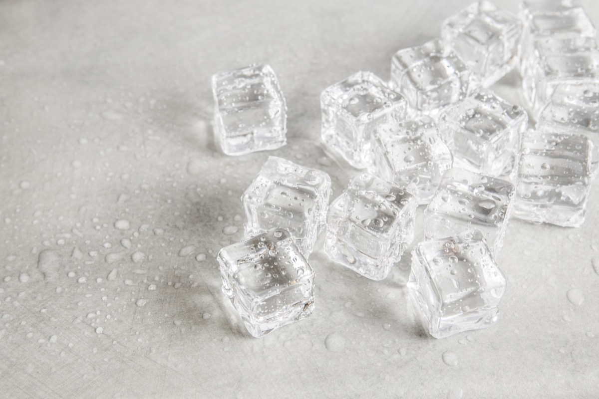 chewing on ice cubes, bad for teeth