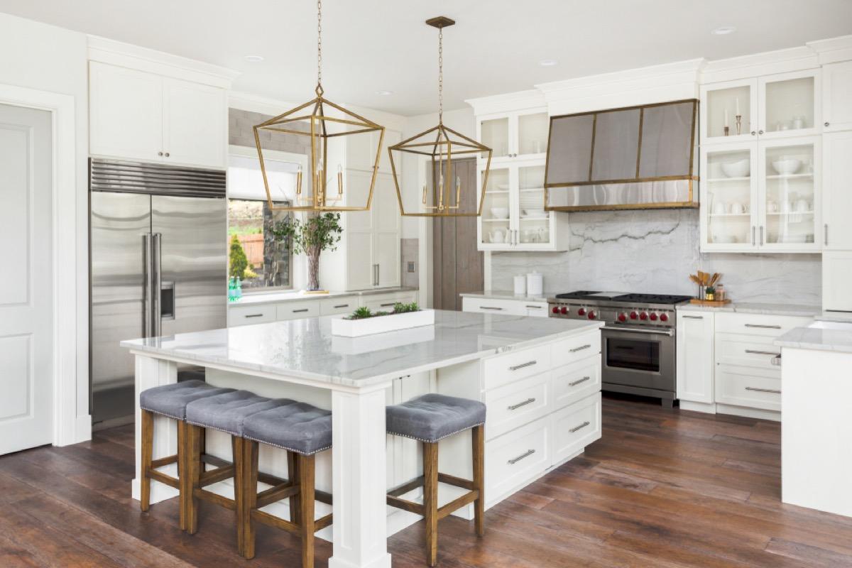 upscale kitchen, vintage home upgrades