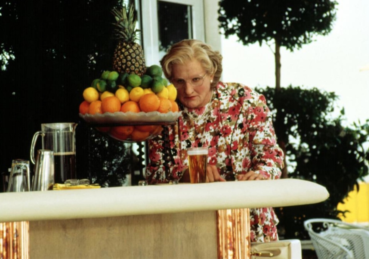 mrs doubtfire, robin williams, things only 90s kids remember