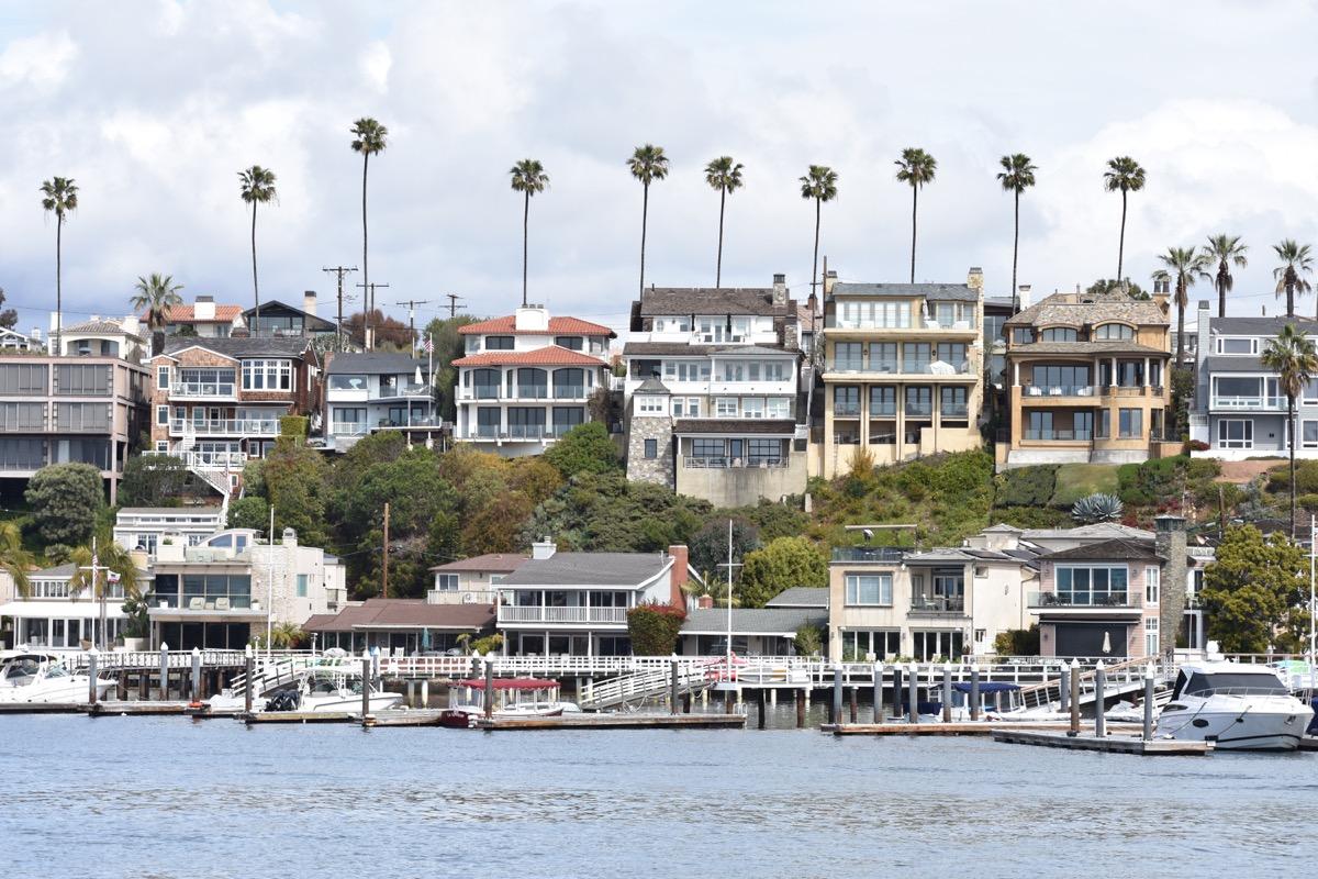 newport beach california, fastest shrinking cities