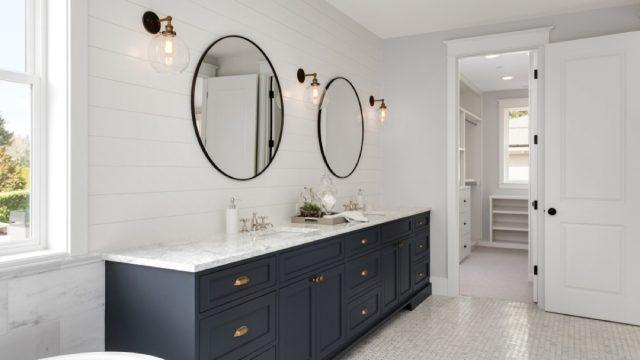 white bathroom, interior design mistakes