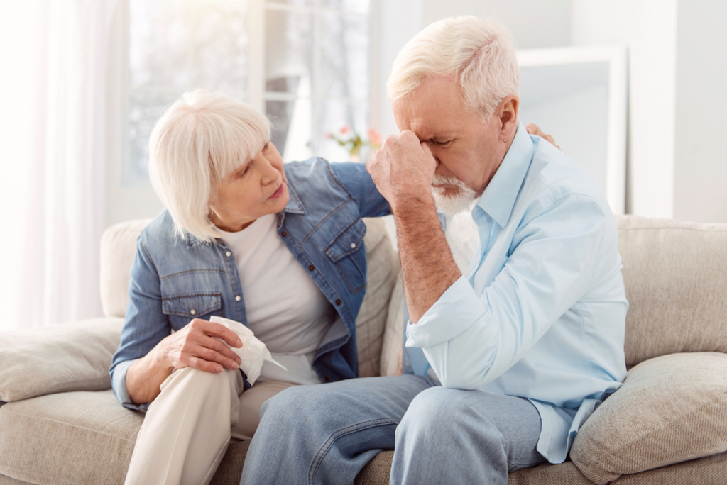 woman is too busy caring about her husband's minor headache to realize she might be having a stroke