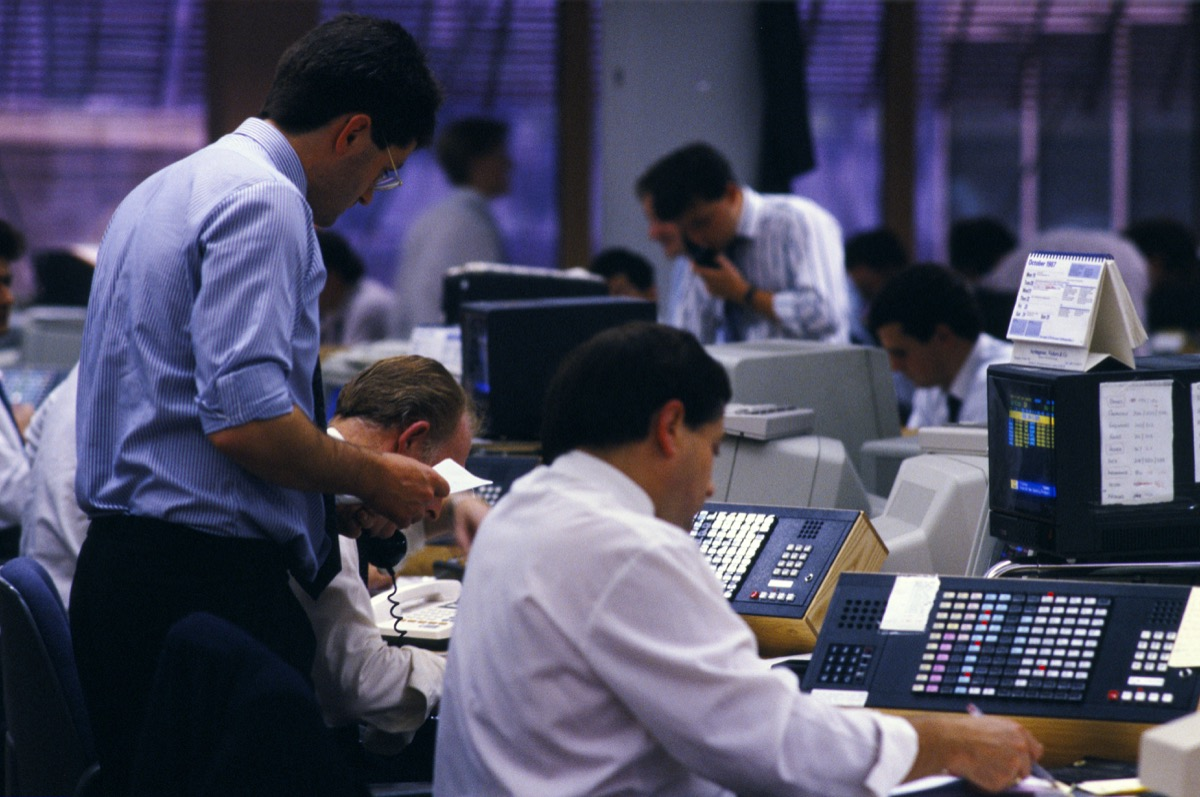 stock market brokers during balck monday, 1980s nostalgia