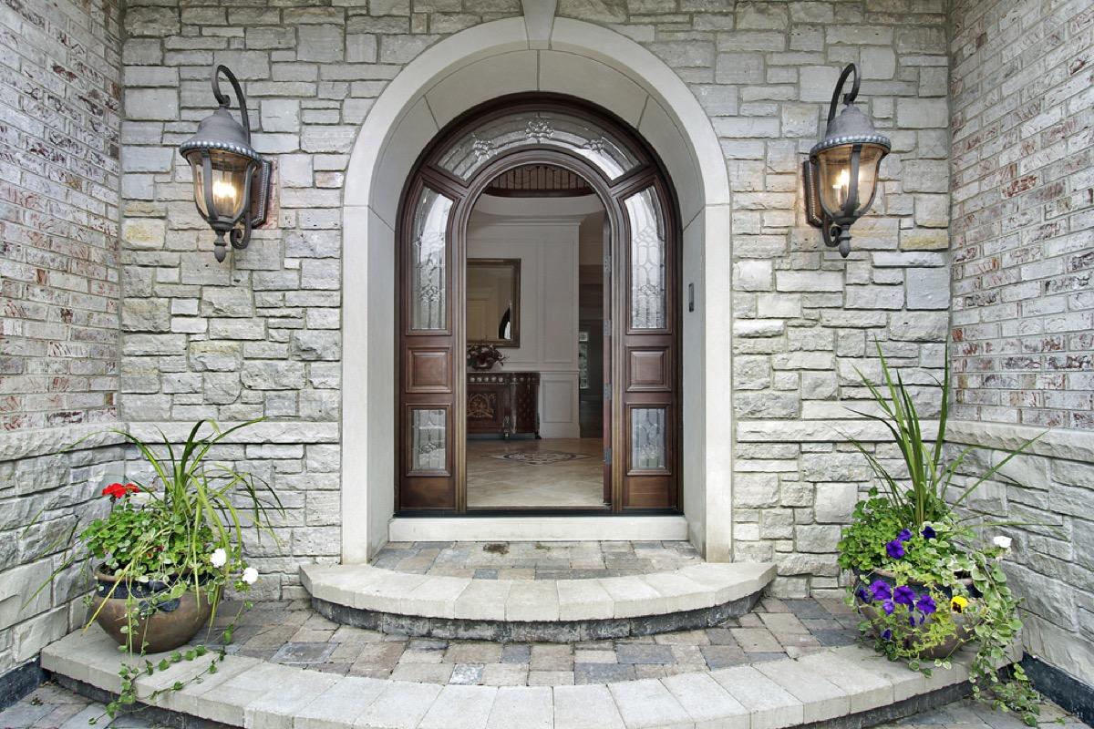 home exterior with stone veneer