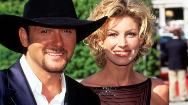 tim mcgraw and faith hill at the 1999 academy awards, old photos country stars