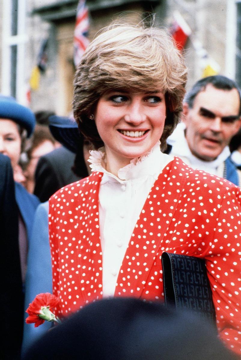 Princess Diana in Red polka dot blazer in 1981, secrets you didn't know