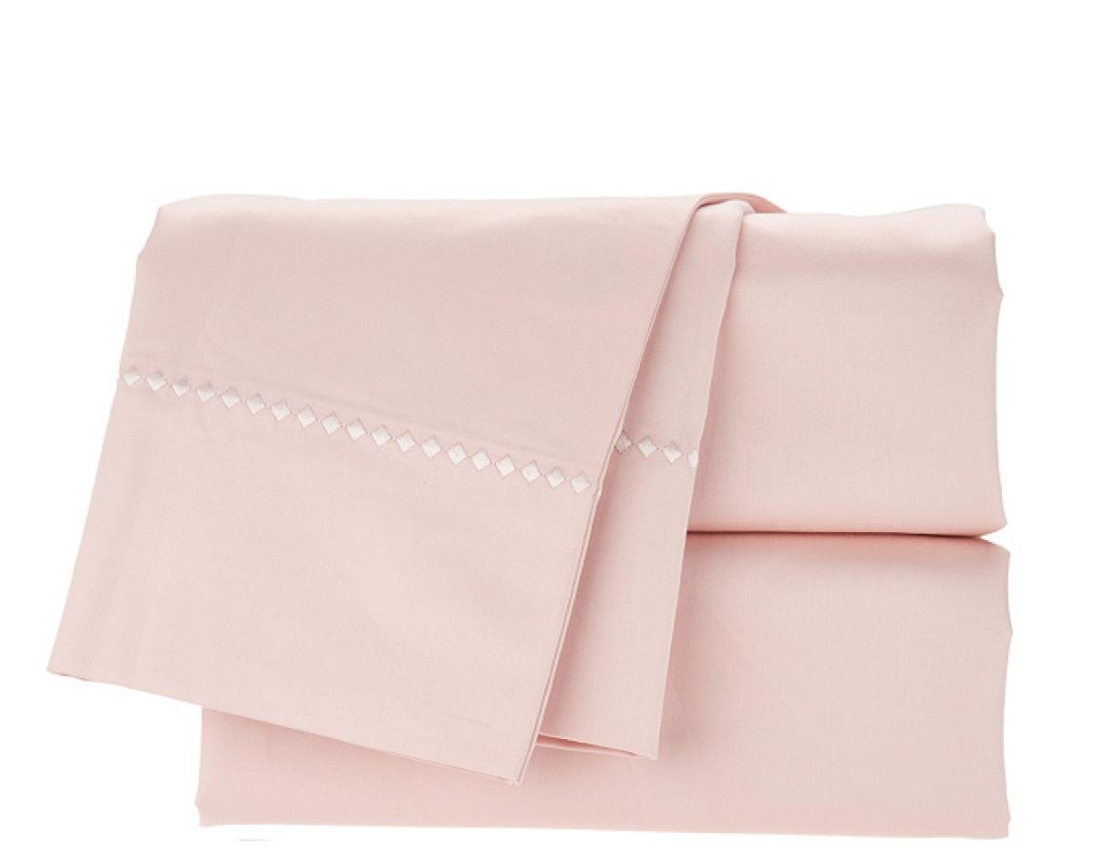 catherine zeta jones rose bedsheets, celebrity homeware