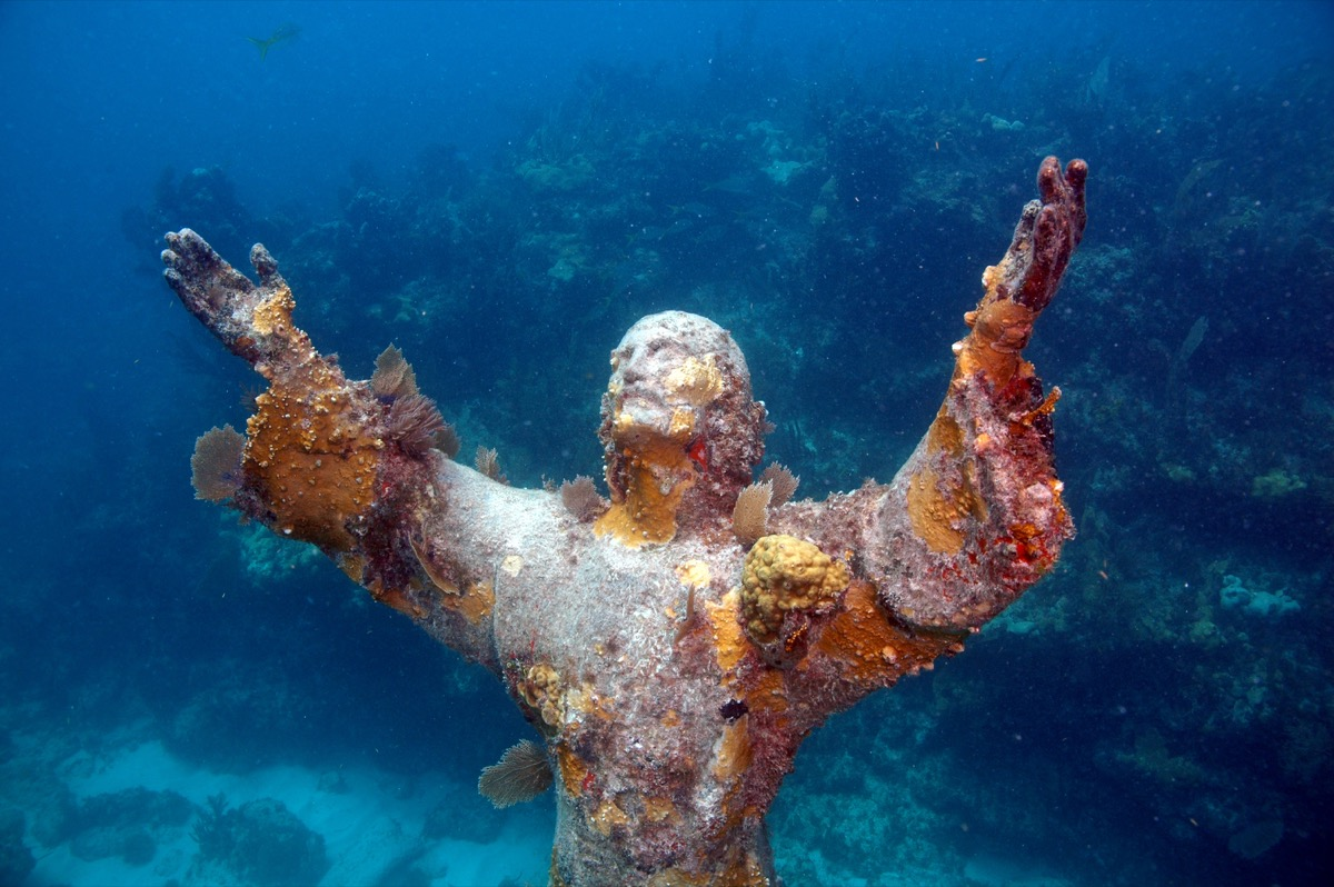 christ of the abyss florida famous state statues