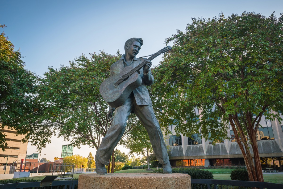 elvis presley statue tennessee famous state statues