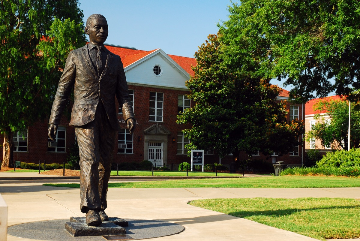 james meredith statue university of mississippi famous state statues