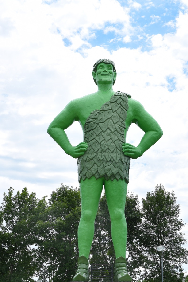 jolly green giant statue in minnesota famous state statues