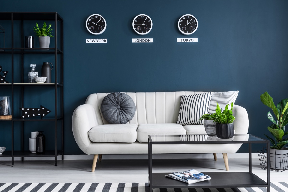 room with dark navy walls colors that make small rooms feel bigger
