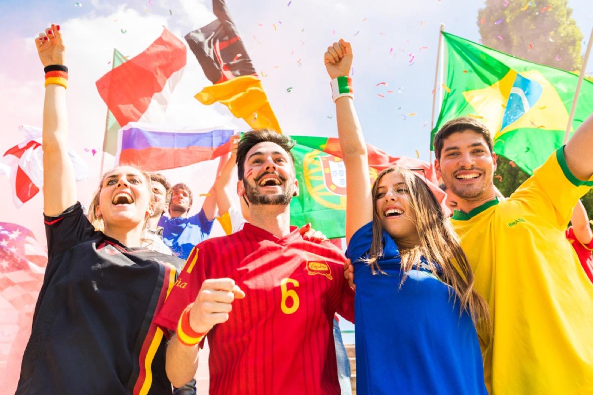 sports fans celebrating team victor