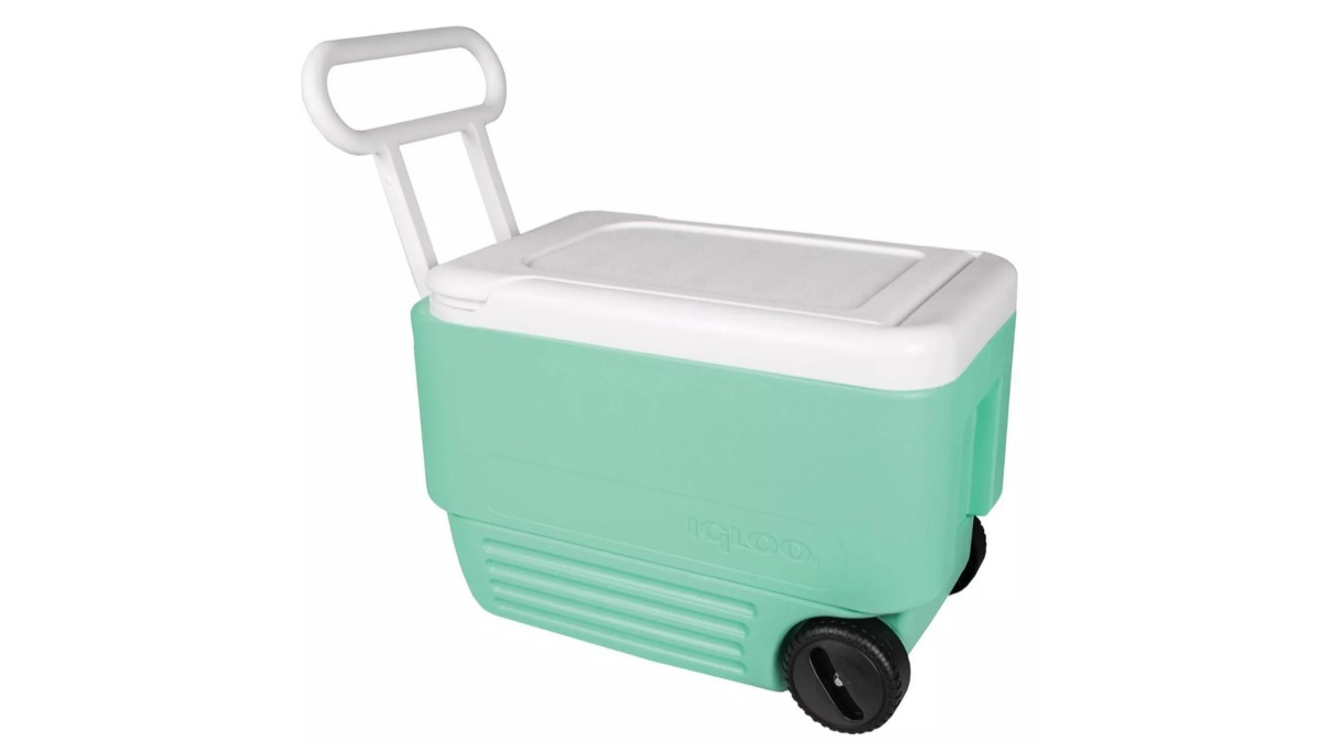 turquoise igloo rolling cooler, target beach essentials